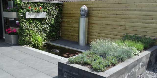 Voorbeeld tuinen terras in een kleine tuin with voorbeeld for Voorbeeld tuinen kijken