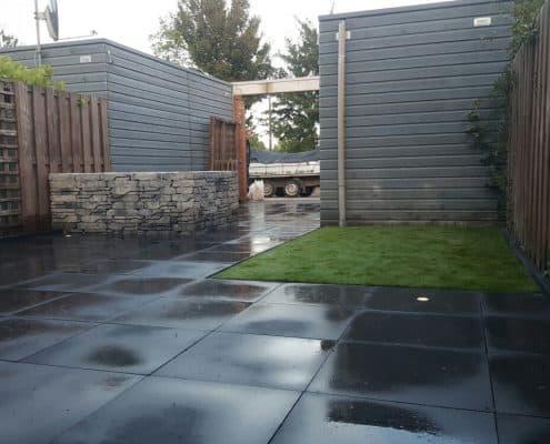 Tuin Met Tegels : Grote tegels bekijk tuinen waarin grote tegels gebruikt zijn